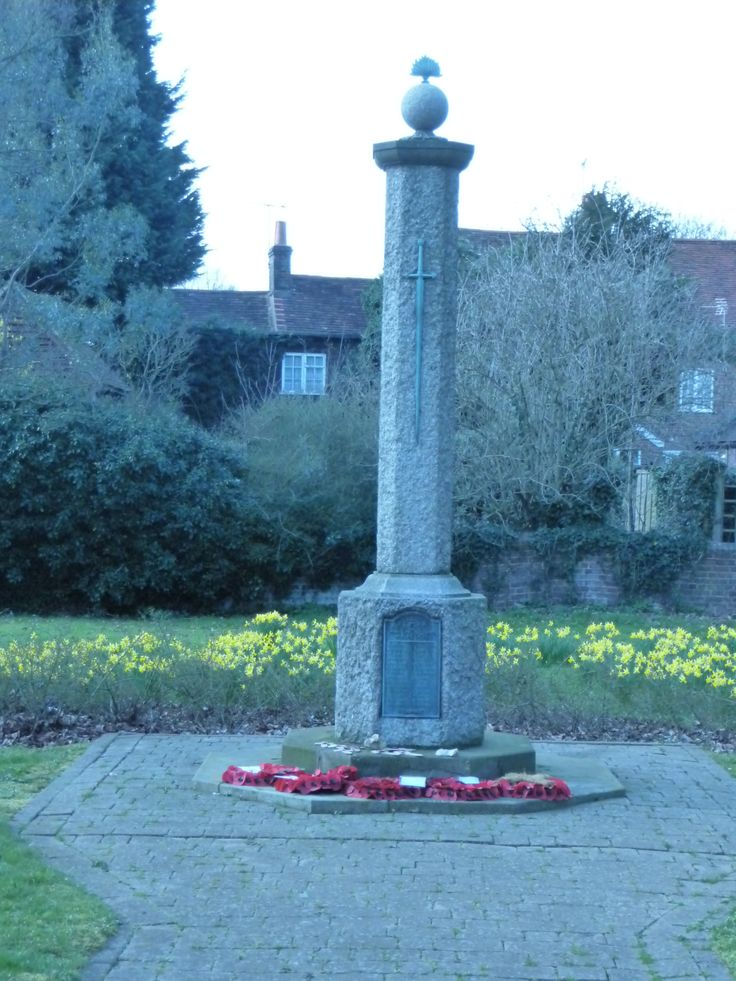 Leverstock Green war memorial, Hemel Hempstead, Hertfordshire