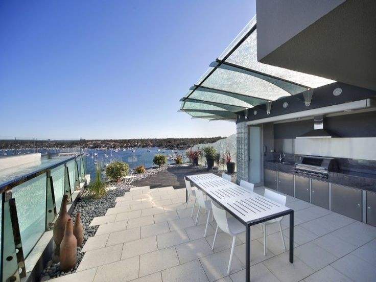 Cronulla, NSW Sales Agents - Greg Gilbert and Dane Moller Greg Gilbert Real Estate​ Greg Gilbert Real Estate​ 02 9523 6166 Property Video - www.youtube.com/watch?v=PQ_hVjyfdRQ #houseoftheday #luxuryhome #australia #cronullla #greggilbert #realestate #sydney #luxury #terrace #bbqarea #bbq #pool #rooftop #rooftopview #rooftoppool