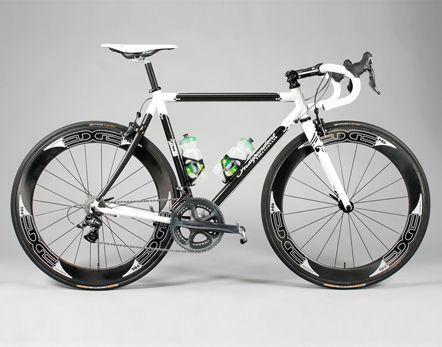 http://www.ifbikes.com/assets/images/products//Svelte_XS_Build_13.jpg: Bicicletas El, Road Bike, Bike Frames, Luxury Bicycles, Bike Showrapha, Custom Bicycles, Bike Roadbike Fixed Bmx, Run Bike Swim Me