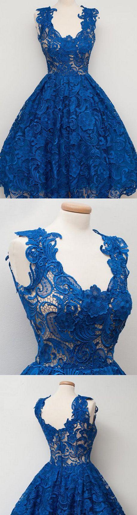 Hermoso vestido azul elegante