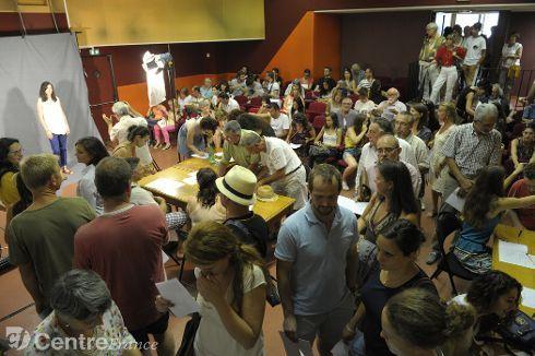 www.lamontagne.fr - Moulins - MOULINS (03000) - La foule pour le casting du film Cézanne et moi avec Guillaume Canet