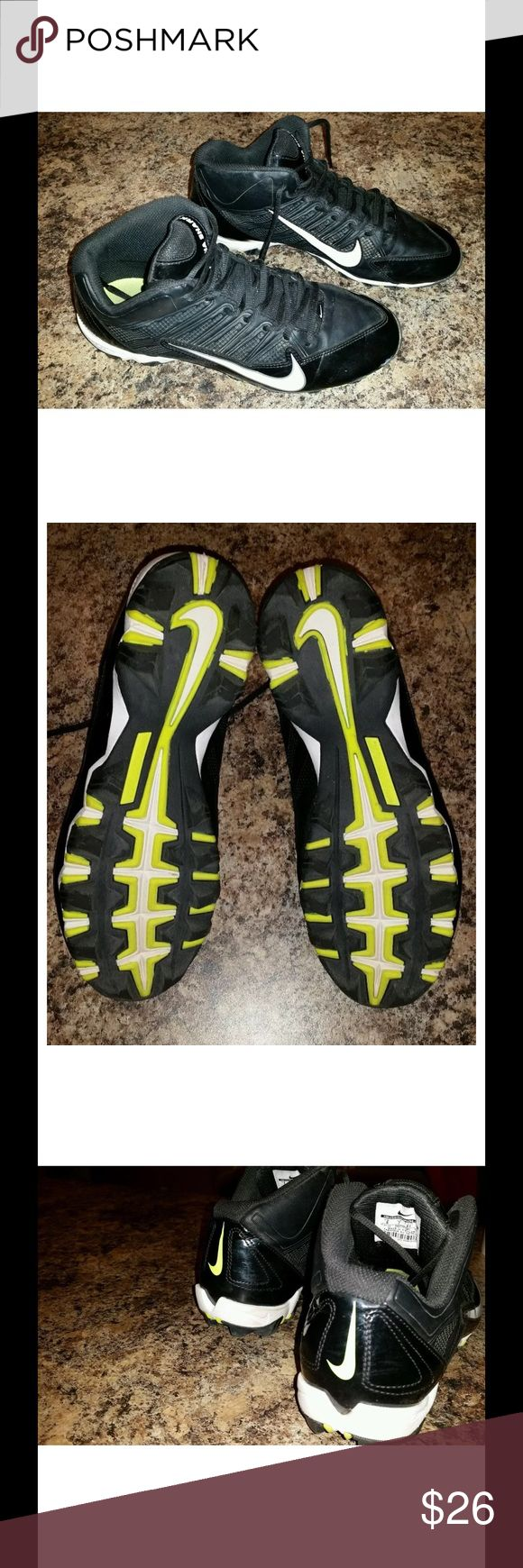 Mens Nike alpha shark football cleats sz: 8 For sale is a pair of Nike, Alpha shark, men's football cleats. These are black, white, and yellow.   These are a men's size 8   My son wore these for one season of flag football, his feet have grown since the spring season and he needs a new pair for The Fall season.   These cleats still have a lot of football left in them. If you have any questions or would like additional photos please feel free to ask. Nike Shoes
