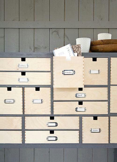 1000 bilder zu atelier auf pinterest pinsel bastelzimmer aufbewahrung und indien. Black Bedroom Furniture Sets. Home Design Ideas
