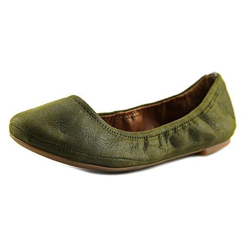 The Lucky Brand Emmie Casual Shoes feature a Leather upper with a Round Toe  .
