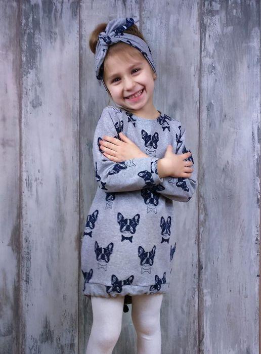 Sukienka z pieskami dla dziewczynki