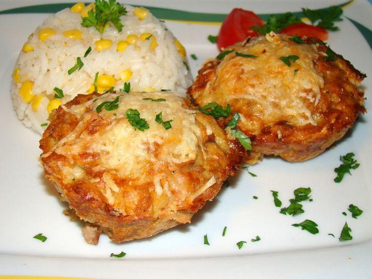 Sonkás, sajtos muffin darált húsból