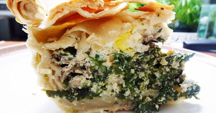 Resep TORTA PASQUALINA favorit. pie khas italia yg biasanya disajikan saat Paskah, perpaduan bayam & keju nya.. yuumm!! Susah-susah gampang bikinnya, yang pasti butuh waktu banyak, kira2-kira 2 jam lebih. tapi option time di sini maksimal cuma 2 jam, hehehe...