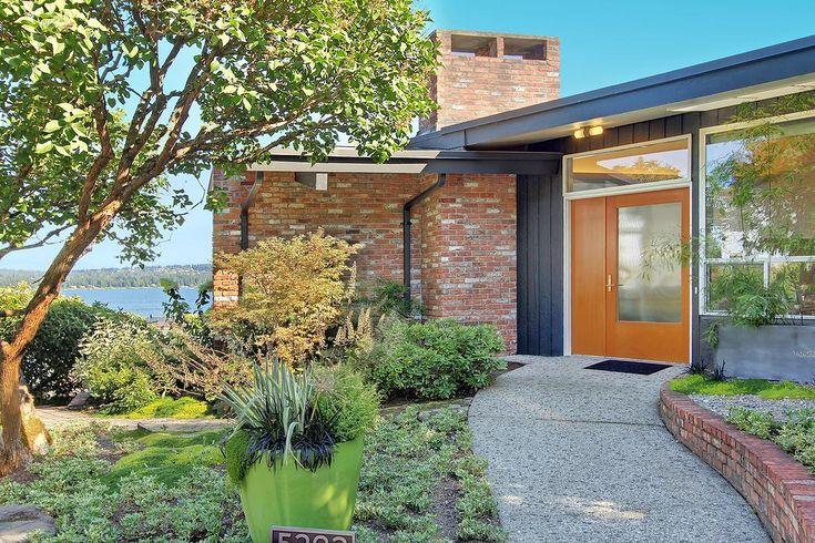 Front Door Brilliance In 2019 Brick House Colors