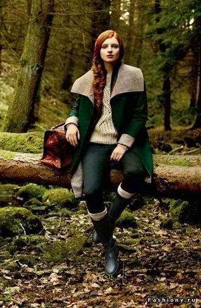 Деревенские женщины в пальто в картинках
