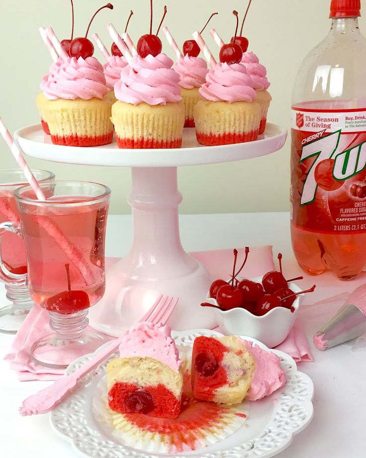 Adorable Shirley Temple Cupcakes made with @7UP Cherry!! How cute are these, and they are sooo easy! #7Waysto7UP  RECIPE: http://www.lindsayannbakes.com/2017/03/shirley-temple-cupcakes.html