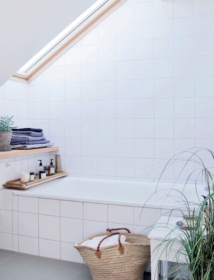 Indretning_badeværelse_hvide fliser_1