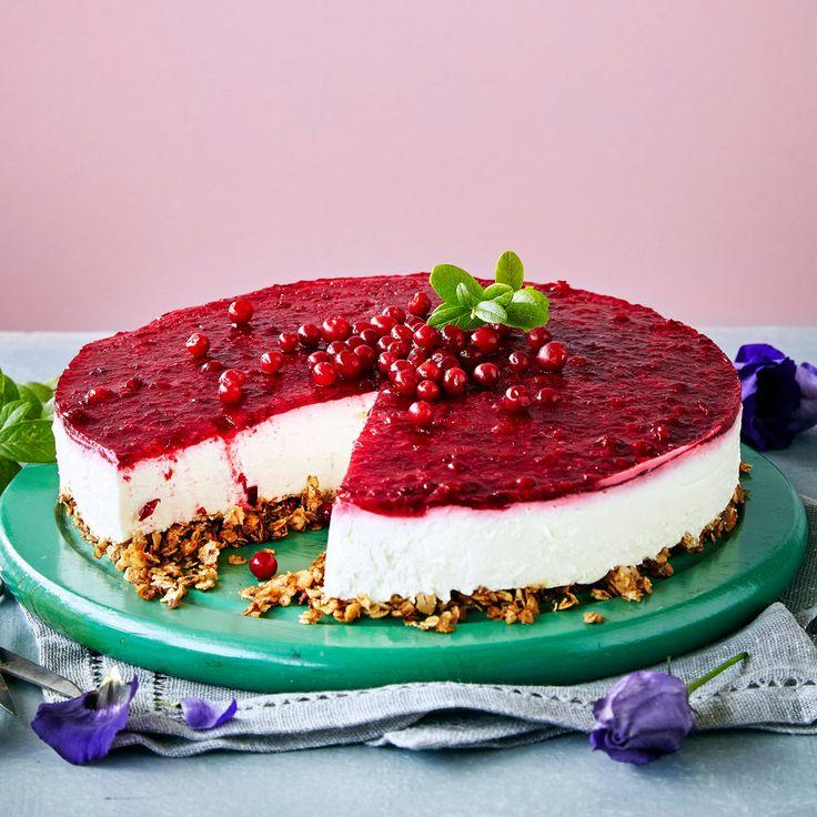 Puolukkajuustokakku | K-ruoka #itsenäisyyspäivä #juhlapöytään