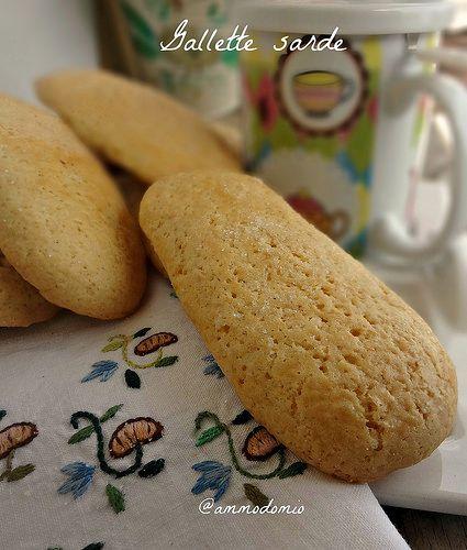 Gallette sarde Biscotti da latte buonissimi