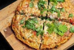 Resep Dan Cara Membuat Pizza Dari Mie Telor Yang Sederhana Tanpa Oven, Namun Tetap Enak Dan Sedap.