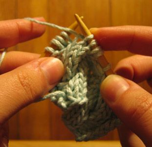 Knitting Cable Stitches Without Cable Needle : 17 Best images about Knit T&T - Cables on Pinterest Cable, Knitting dai...