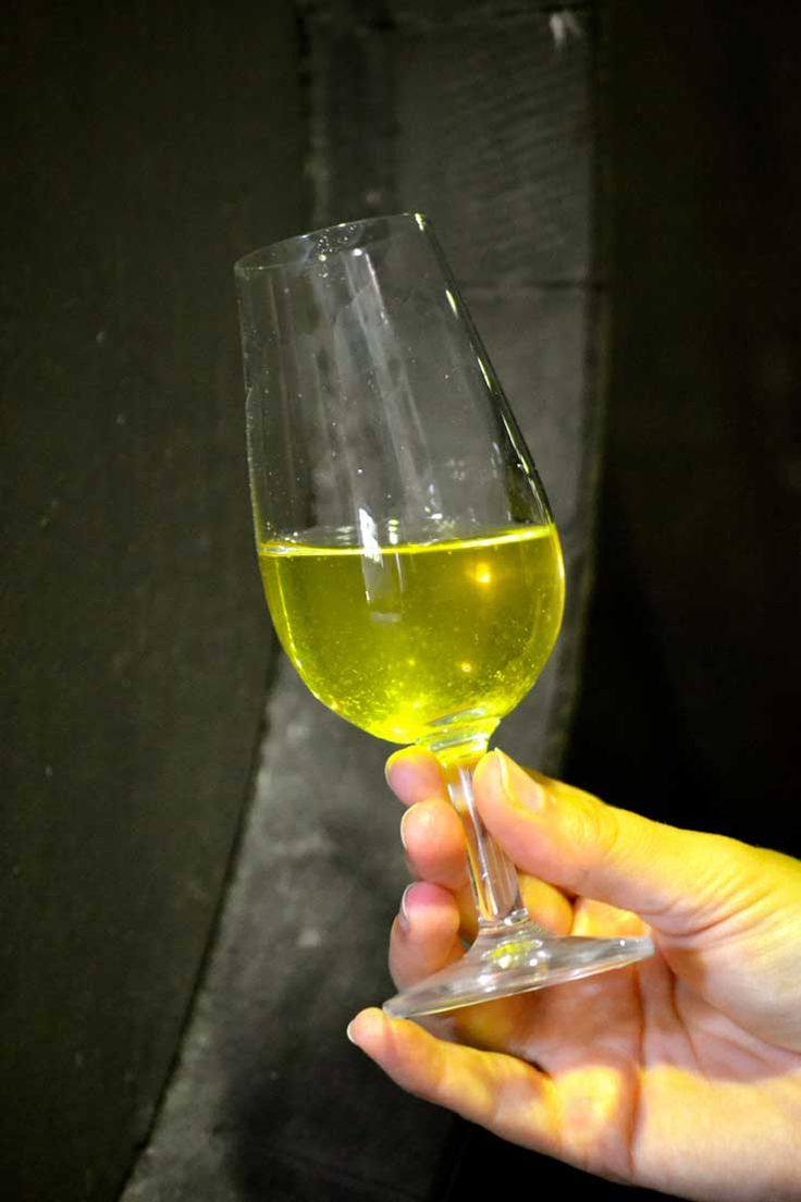 Manzanilla, the driest white wine from Andalusia. We love Sherry.