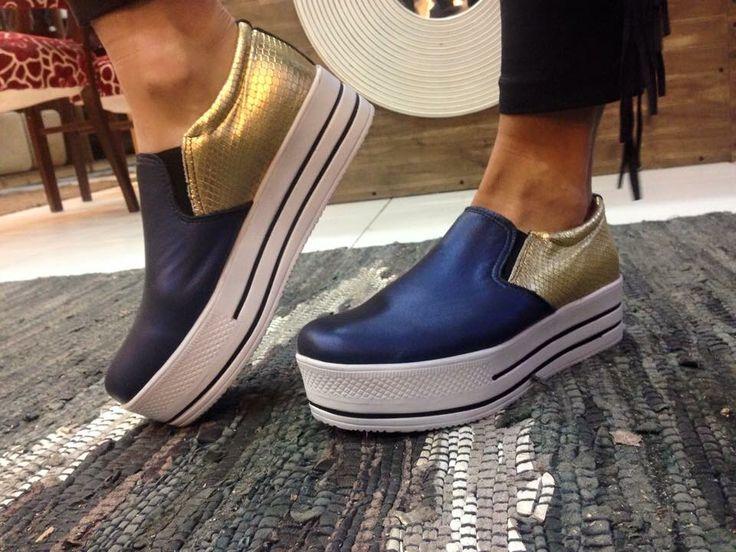 Sígannos en Instangram!!! New Arrivals #ExclusivosEngomadosBlancosEnUvaTienda ➡️Sígannos en Instangram buscanos como : Uva_tienda  #panchas #Chile #Talca #Zapatos