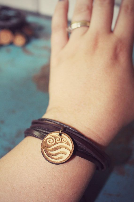 Water Tribe Bracelet // Avatar: The Last Airbender and Legend of Korra // Leather & Adjustable