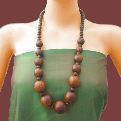 Last pin for Jewelry Inspiration II. Started a third board - Jewelry Inspiration III. (I don't like humongous boards - difficult to peruse.) wooden beads.