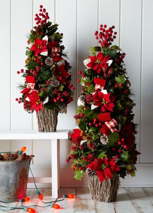 classic pre-decorated Christmas tree - $50 off with code: THANKFUL  http://rstyle.me/n/t8ys6pdpe