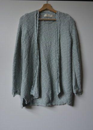 Kup mój przedmiot na #vintedpl http://www.vinted.pl/damska-odziez/kardigany/15919158-zara-welniany-sweterek-narzutka-oversize-rozm38-kolor-blekitny
