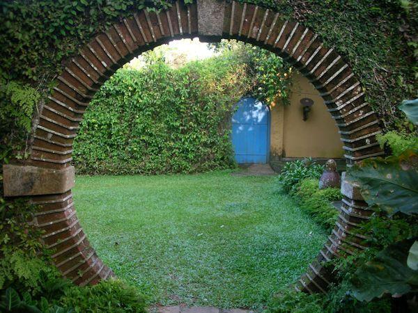Brief gardens bentota inspiration from sri lanka for Garden design ideas sri lanka