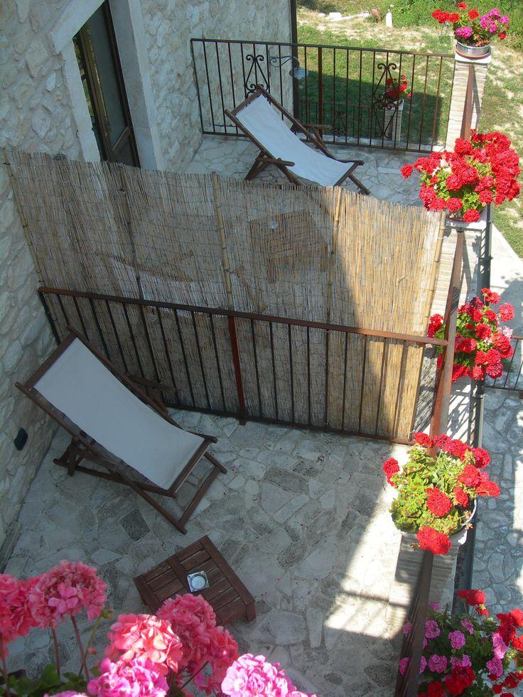 terrazzo privato camera matrimoniale Unicorno www.borgosanmartino.eu