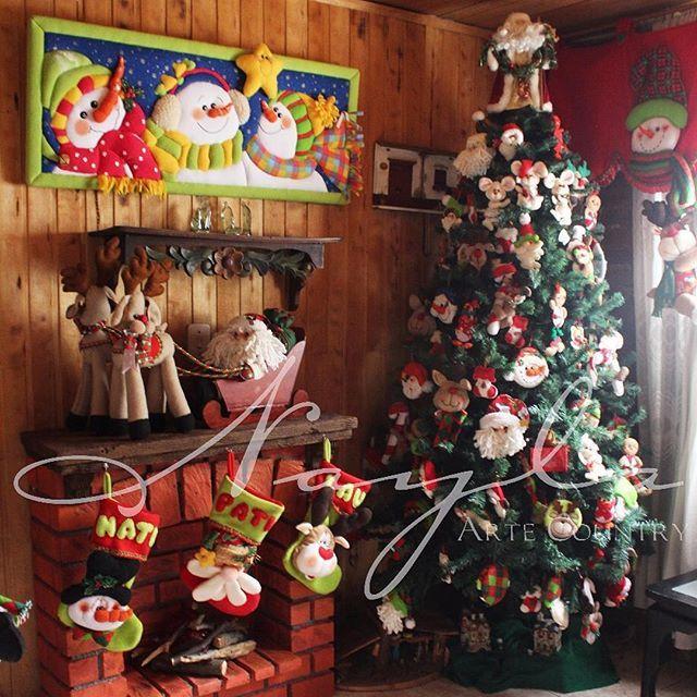 Nayla Arte Country les desea una feliz navidad y un próspero Año Nuevo, Dios en sus corazones y bendiga sus hogares. #naylaartecountry #Navidad #MerryChristmas #Chimenea #ArboldeNavidad #Hogar #PapáNoel #MuñecodeNieve