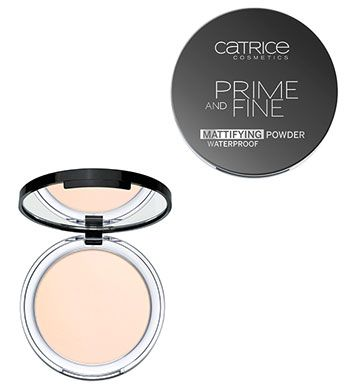 Catrice Prime And Fine Mattifying powder 0.32oz - $7.50