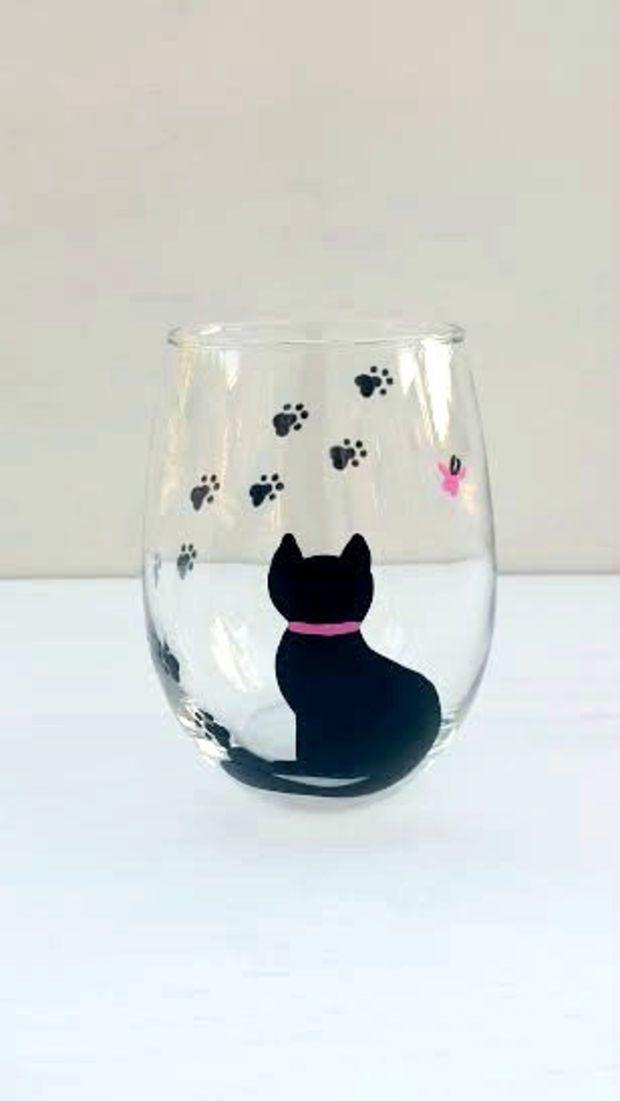 Cat handpainted stemless wine glass
