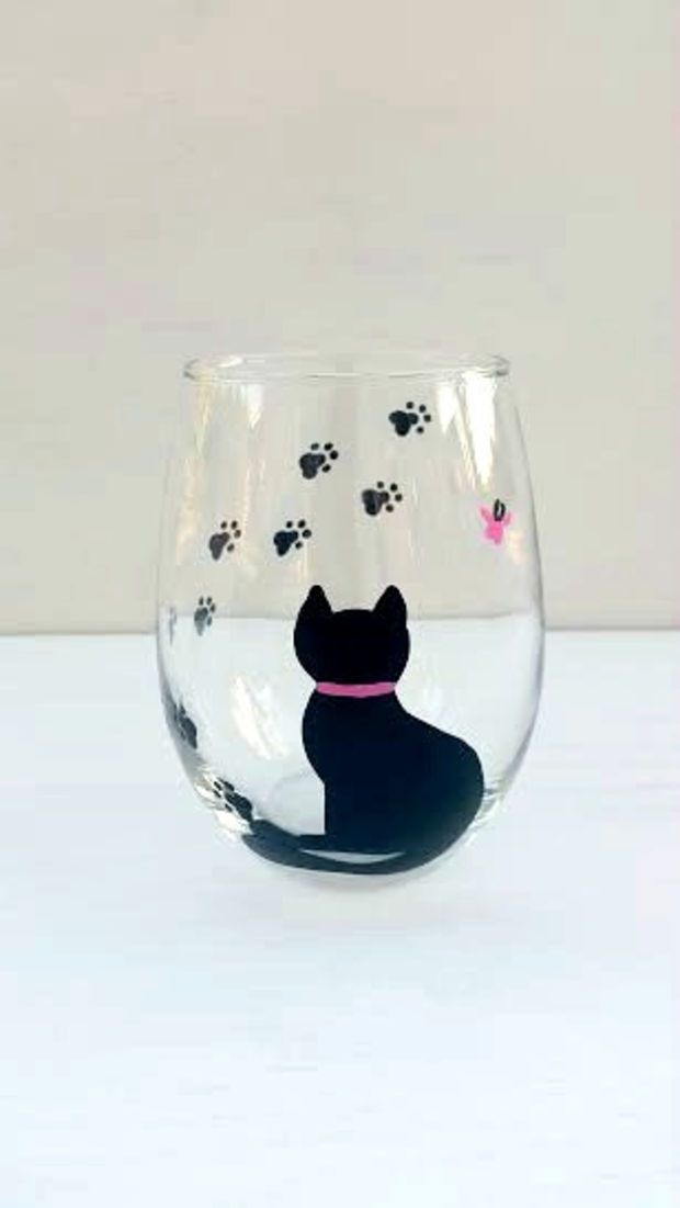 Cat handpainted stemless wine glass