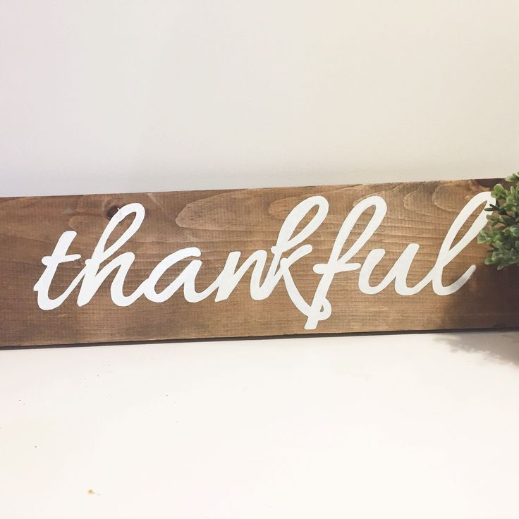 White Wood Design Studio is now selling custom wood signs to add to your home decor! Thankful sign is $25