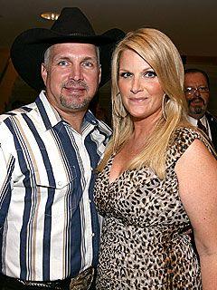 Garth Brooks & Trisha Yearwood Celebrate Anniversary at McDonald's