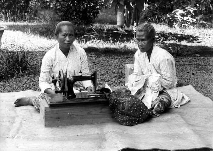 1910-30 in Yogyakarta, Java.
