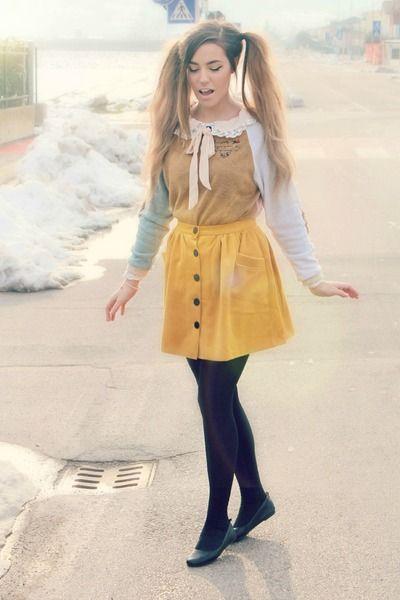 mustard a Sheinside skirt - light pink Sheinside dress - black Calzedonia tights | CutiePieMarzia