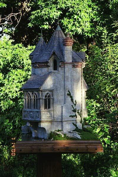 Toadmoor Manor by Rik Pierce