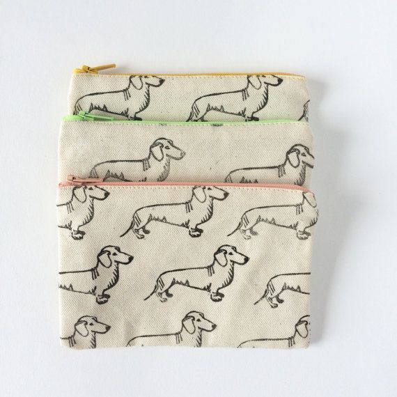 Dachshund Zipper Purse by tabbyrabbit on Etsy