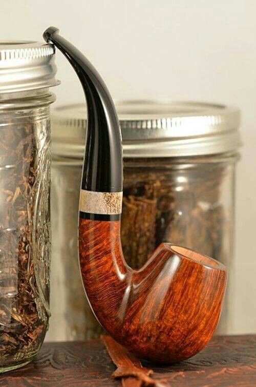 That is a beautiful pipe.