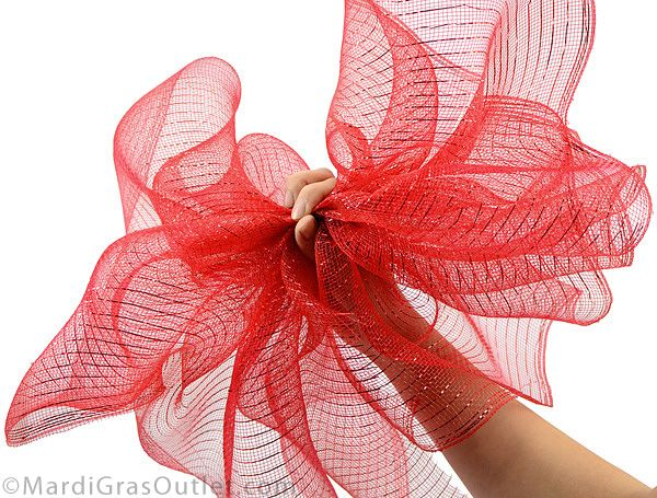 25 unique mesh bows ideas on pinterest diy wrapping bows diy christmas bow and wreath bows. Black Bedroom Furniture Sets. Home Design Ideas