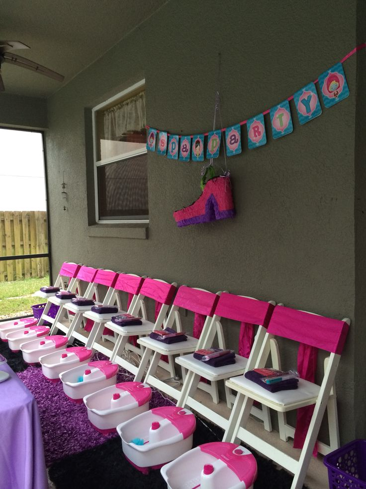 Girls Spa Party! Pedicure station for girls!