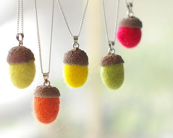 Acorn necklace felt - handmade felted acorns - Autumn woodland jewelry. $11.00, via Etsy.