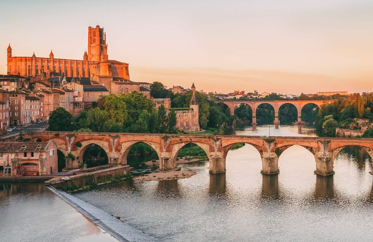 2592 best earth destinations images on pinterest for Best places to stay in south of france