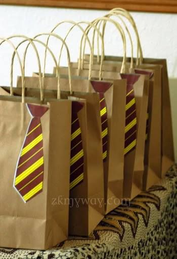 harry potter party the goodie bags take home favors harry potter birthday pinterest. Black Bedroom Furniture Sets. Home Design Ideas