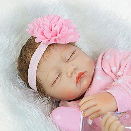 "Amazon.com: New 2017 55 cm / 22 ""NPK Lovely realistický Spacie Moc pekná Reborn Detské Dolls Lifelike mäkké silikónové Vinyl Realistic Novonarodené Doll Dieťa Growth Partner Free Magnet cumlík: hračky a hry"