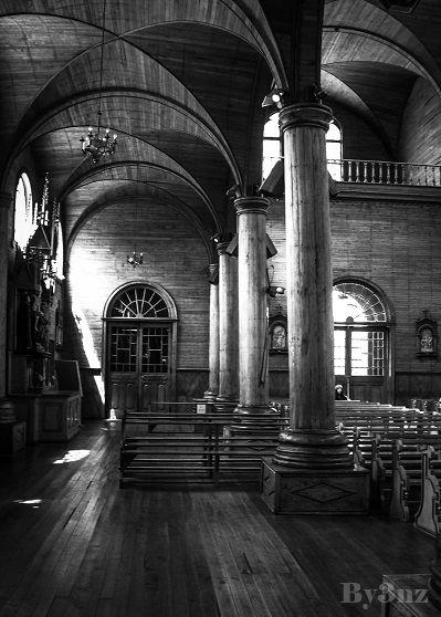 Desde el interior de la Iglesia de la Ciudad, Castro. Chiloé