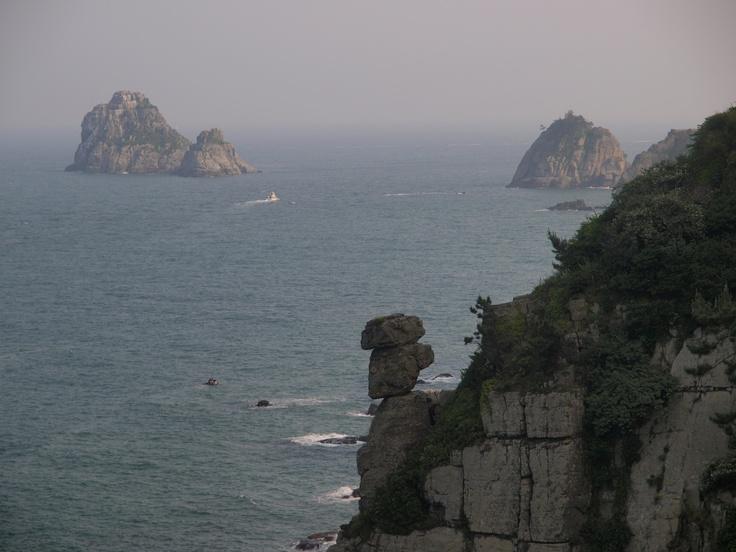 Nongbawi Rock in Busan