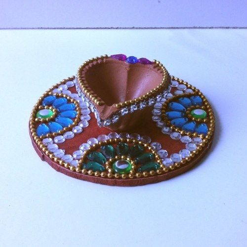 Kundan Diya Plate & Decorative Diya - Online Shopping for Diyas and Lights by Dipti Art & Craft