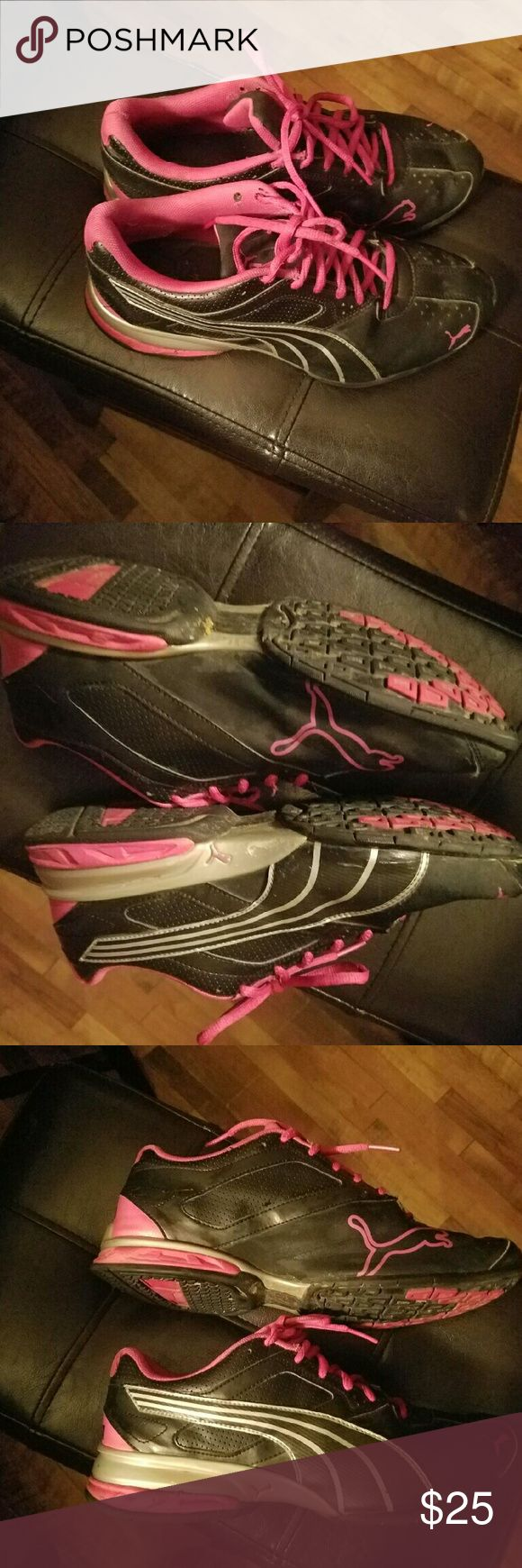 Women's Puma Tennis Shoes Used women's tennis shoes. Has some wear as shown in pictures but still in good condition. I didn't wear much because I don't like to wear tennis shoes. Puma Shoes Sneakers