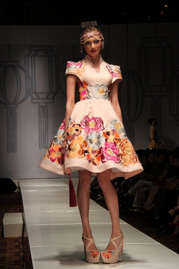 50's Silhouette on Shanghai Swing Fashion Show by Sebastian Gunawan