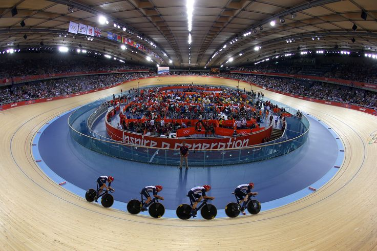 Team GB zooming round the veledrome at London 2012